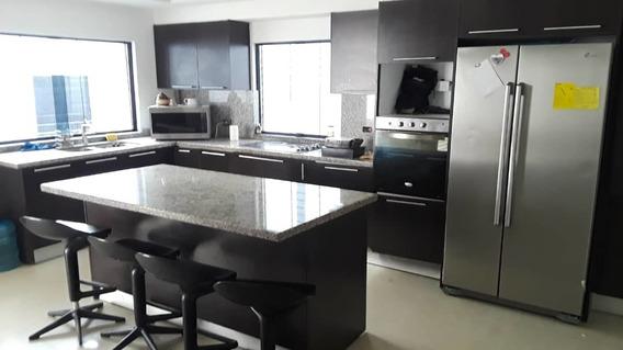 Casa En Venta En San Diego Con Terreno Cod 21-3490 Jel