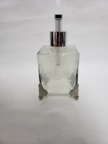 Imagem 1 de 9 de Saboneteira Luxo Com Detalhes Em Metal + Sabonete Liquido