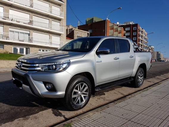 Toyota Hilux Srx 4x2 Mod. 2018 At C/cuero Y Accesorios