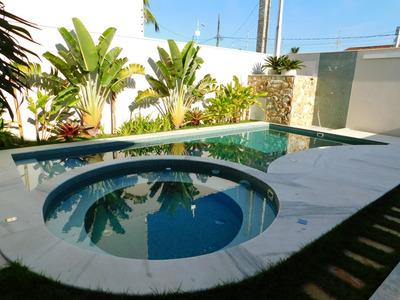 Casa De Alto Padrão Disponível Para Venda Em Peruíbe