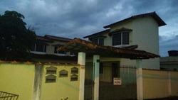 Casa Para Locação Em Porto Real, Village, 2 Dormitórios, 1 Banheiro, 1 Vaga - 010026