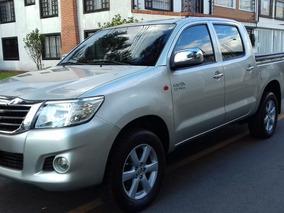 Toyota Hilux 2.7 Mt 4x2 Dc Aa
