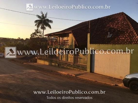 Siqueira Campos (pr): Casa Ngoui