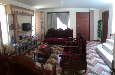 Conocoto - Venta Casa Esquinera, 3 Dorm.+jardín