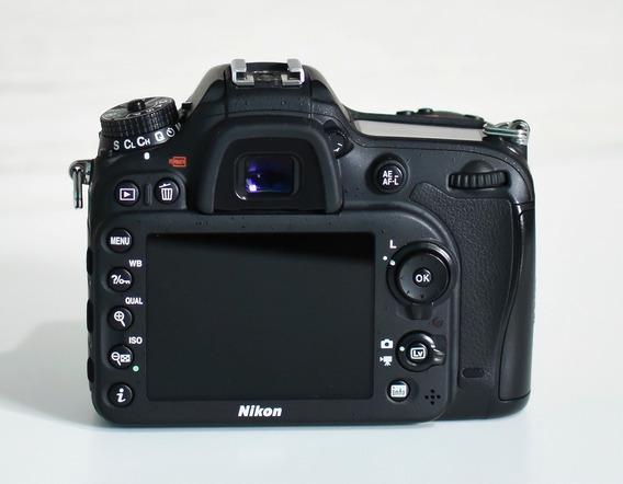 Vende-se Nikon D7200