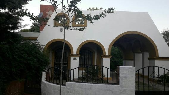 Casa Dos Dormitorios