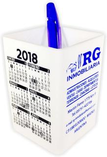 50 Cubos Portalápices De Plástico Blanco Personalizados Con Calendario Y Logo A Un Color