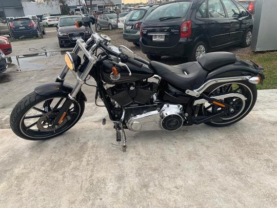 Harley-davidson Breakout 1690 2016 Flamante - Aerocar