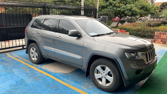 Hermosa Jeep Grand Cherokee Limited 2012