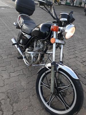 Intruder 125cc Com Motor Novo (nota Fiscal).