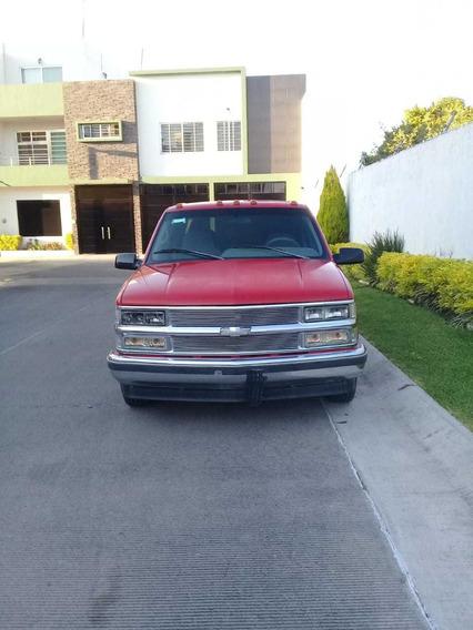 Chevrolet Silverado Dually Truck