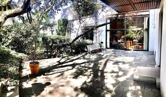 Casa Con Uso De Suelo Para Oficina, Jardines Del Pedregal Álvaro Obregón