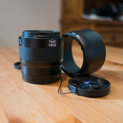 Zeiss Touit 32mm F/1.8 Lens (sony E-mount)