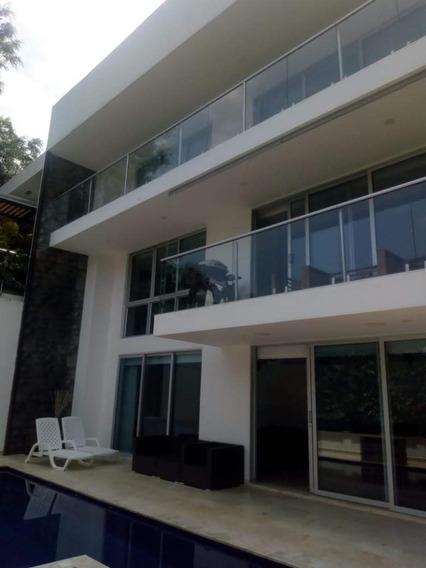 Epectacular Casa Poblado 630m2