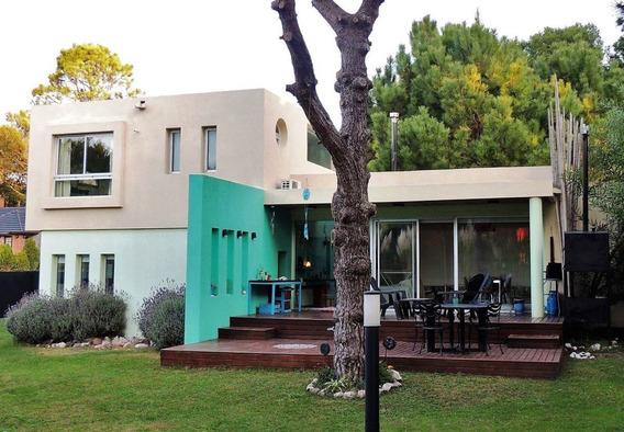 Casa En Venta En La Costa, Pinamar