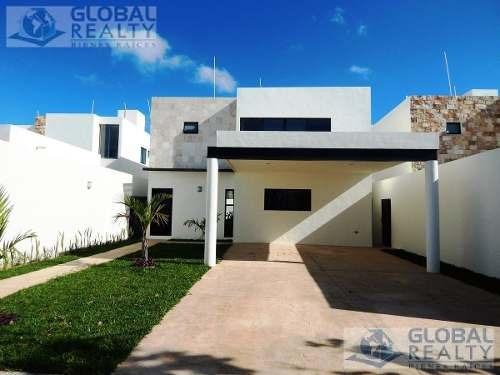 Casa En Venta En Privada Parque Central, Zona Norte De Mérida