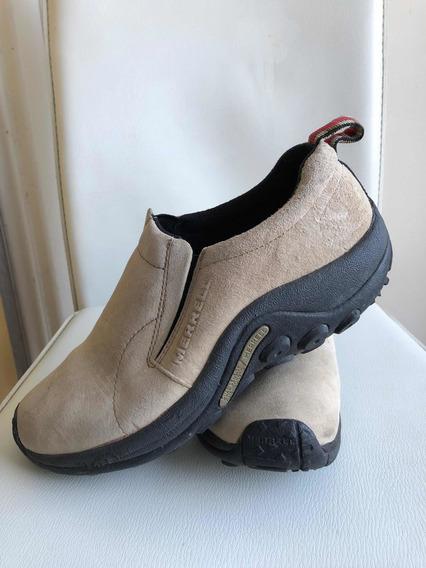 Zapatos En Gamuza Tipo Mocasín