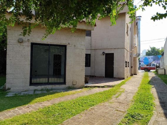 Casa Local En Alquiler Frente A Puente De Los Carolinos