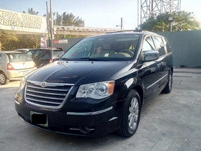 Chrysler Town & Country 5p Aut Limited