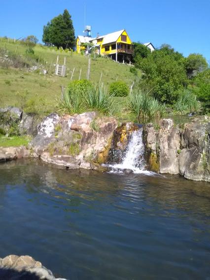 35 Ha Y Casa Comoda Con Vista Al Cerro, Arroyo Y Cascadas.