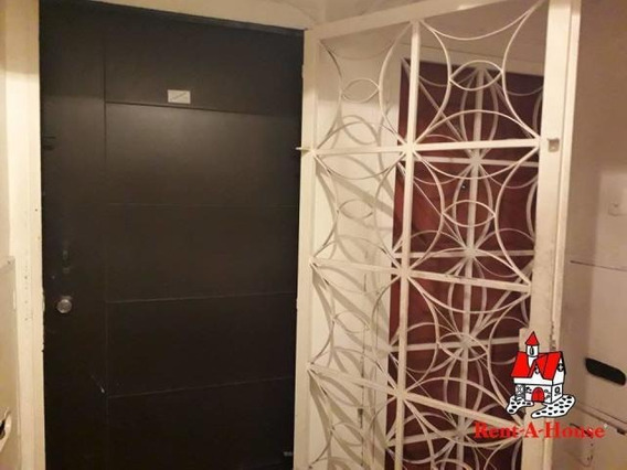 Bello Apartamento En El Centro Maracay Mm 19-14949