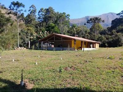 Sitio Com 03 Ha , No Sul De Minas Na Cidade De Alagoa ( Terra Do Queijo ),casa De Montanha Linda, Mobiliado ,próximo Ao Parque Estadual Da Serra Do Papagaio. - 3482