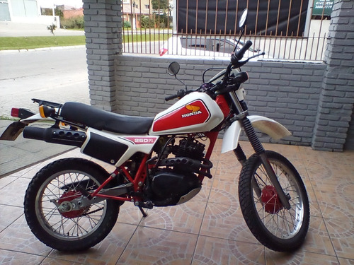 Imagem 1 de 9 de Moto Xlr-250 - 1983