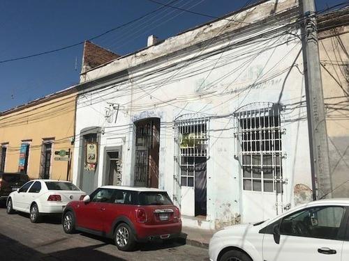 Casa En Venta Con Local Comercial Centro Histórico Queretaro