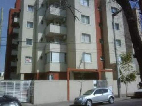 Departamento En Venta De 1 Dormitorio En Alberdi