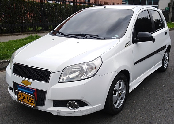 Chevrolet Aveo Emotion 5p 1.6mt