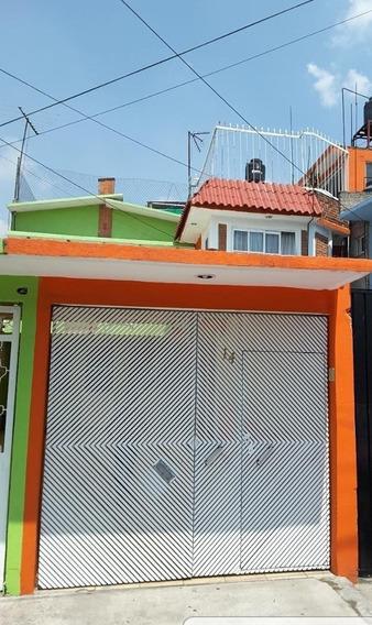 Iztapalapa, Unidad Habitacional Vicente Guerrero,calle 2