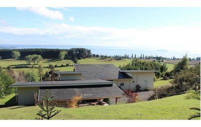 Hermosa Propiedad Con Vista Al Lago Ranco