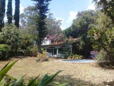 Casa Privada En Tetela Del Monte / Cuernavaca - Grb-515-cp