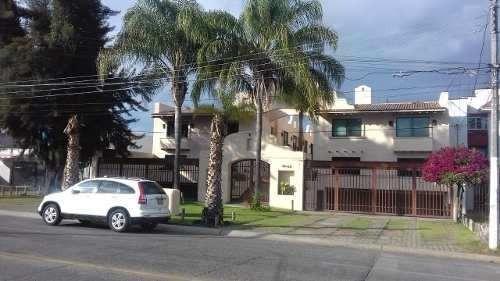 Casa En Renta, Muy Bonita En La Estancia