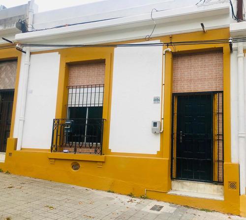 Casa Al Frente 2 Dorm Millan Y Bulevar Artigas. Prox