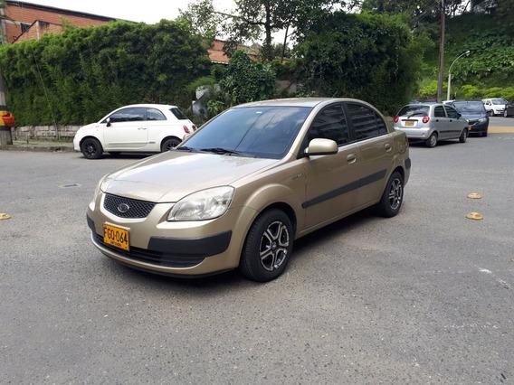 Rio Xcite 1600 Sedan Full Equipo