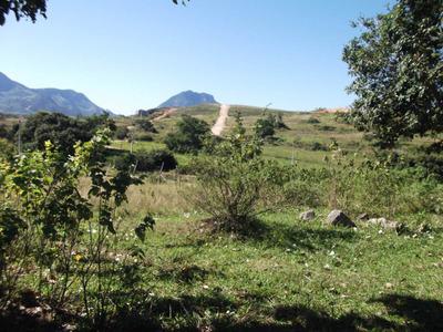 Terreno De Esquina Com Ótima Localização E Excelente Vista