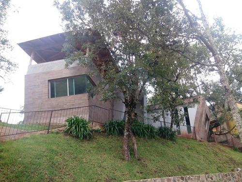 Amplia Cabaña Estilo Contemporáneo En Mazamitla
