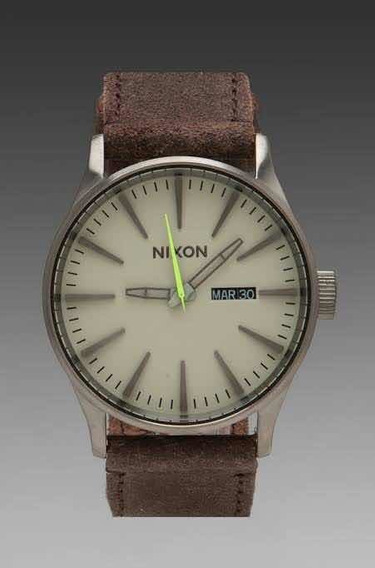 Relógio Nixon Leather Gunsmith Collection