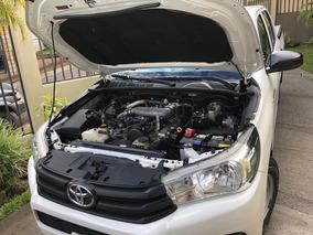 Toyota Hilux 4x2 Como Nuevo 2017
