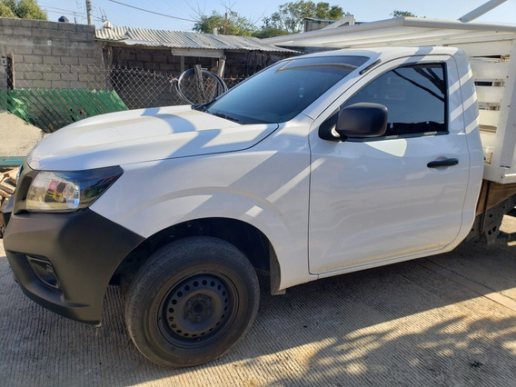 Nissan Np300 2.5 Estacas Dh Aa Pack Seg Mt 2018