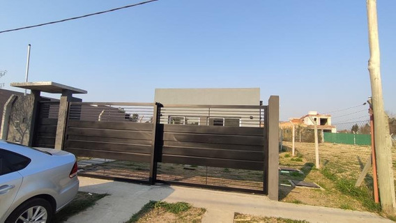 Venta Casa 3 Dormitorios C/pileta - 487 E133 Y 134 - La Plata