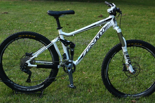 Bicicleta Mtb Zenith Roku Doble Suspension R26 150mm Talle S