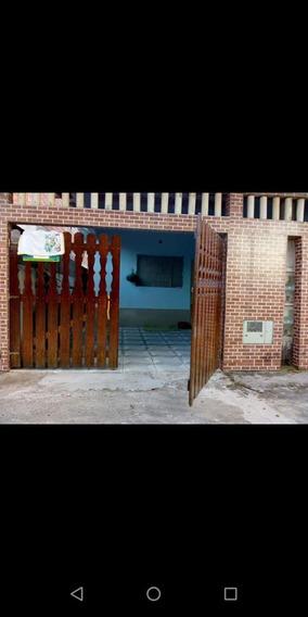 Casa 2 Quarto Sala Cozinha Garagem 2 Carros Quintal No Fundo