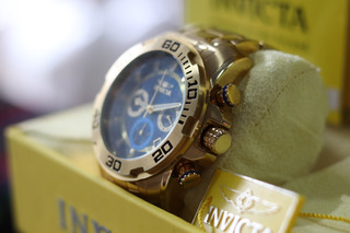 Reloj Invicta Trinite Gold