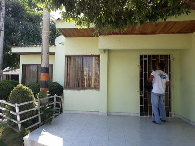 Arrienda Casa En El Barrio Tacasuan / Monteria