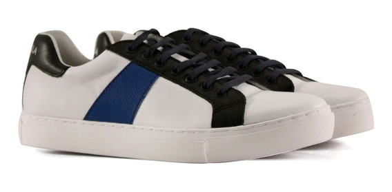 Zapatillas De Cuero En Blanco Con Azul
