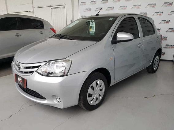 Toyota Etios Hb X 13l Mt 2017