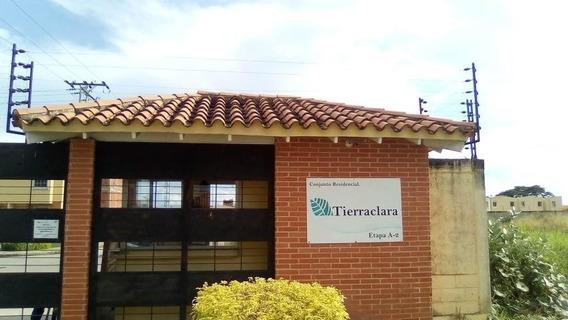 Townhouse Valencia En Parque Valencia 20-4400 Raga