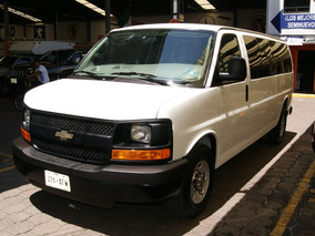 Chevrolet Express Van 15 Pasajeros 2016. Impecable.